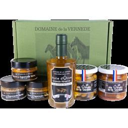 Coffret 1 Huile d'Olive - 2 Olives Nature + Piment - 3 Spécialités de Tapenades Vertes H. de Provence, Amande et Tomate